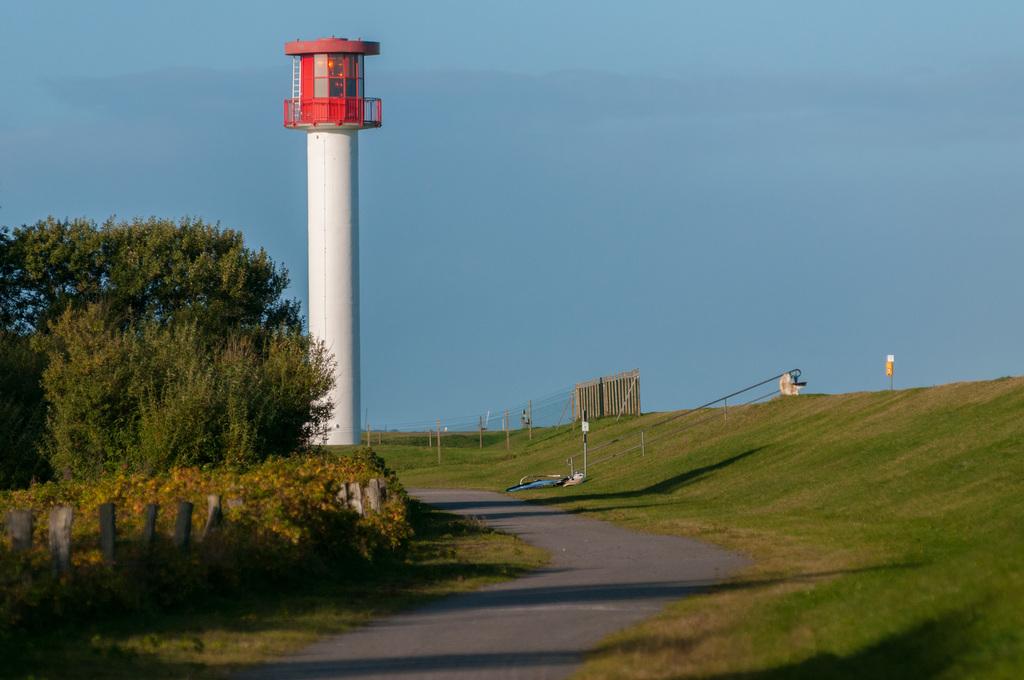 656_Leuchtturm_Wisch-Heidkate_im_Herbst.1024